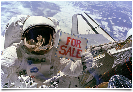 800px Satellites for Sale   gpn 2000 001036.jpg