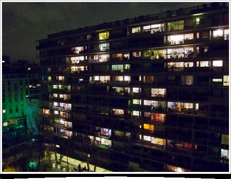 Immeuble en face du mien, la nuit